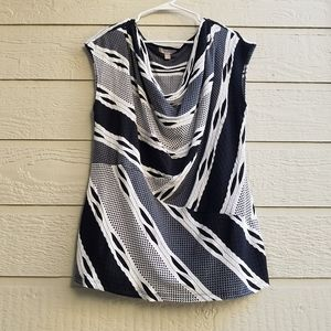 Roz & Ali Black and White sleevesless top size 2X